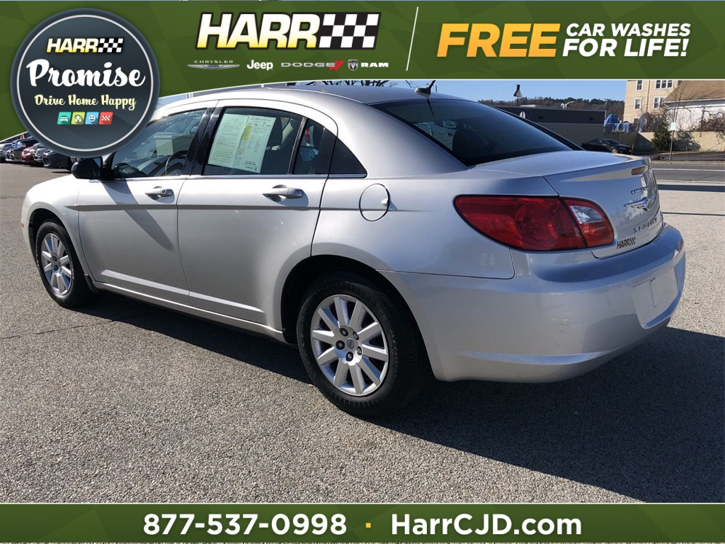 Pre-Owned 2010 Chrysler Sebring Touring