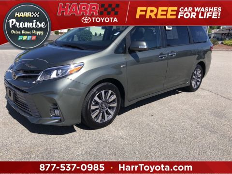 Pre-Owned 2020 Toyota Sienna Limited With Navigation & AWD