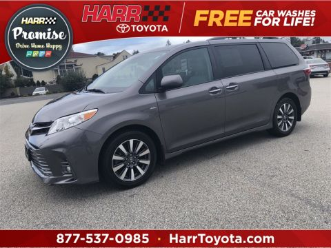 Pre-Owned 2018 Toyota Sienna XLE Premium